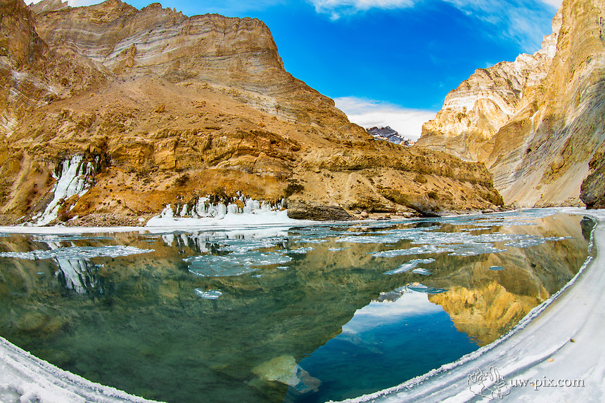 Trek on the frozen Zanskar river Leh India Chadar