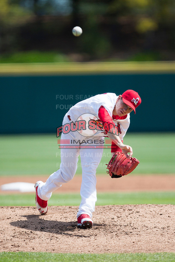 Boone Whiting #21 of the Springfield Cardinals delivers a pitch during a game against the Tulsa Drillers at Hammons Field on May 7, 2013 in Springfield, Missouri. (David Welker/Four Seam Images)