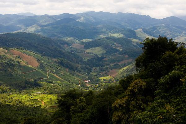 Manhumirim_MG, Brasil...Vista panoramica do Parque do Sagui em Manhumirim...The panoramic view of Sagui Park in Manhumirim...Foto: BRUNO MAGALHAES / NITRO