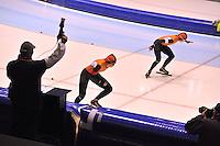 SCHAATSEN: HEERENVEEN: 01-02-2014, IJsstadion Thialf, Olympische testwedstrijd, Lotte van Beek, Marrit Leenstra, ©foto Martin de Jong