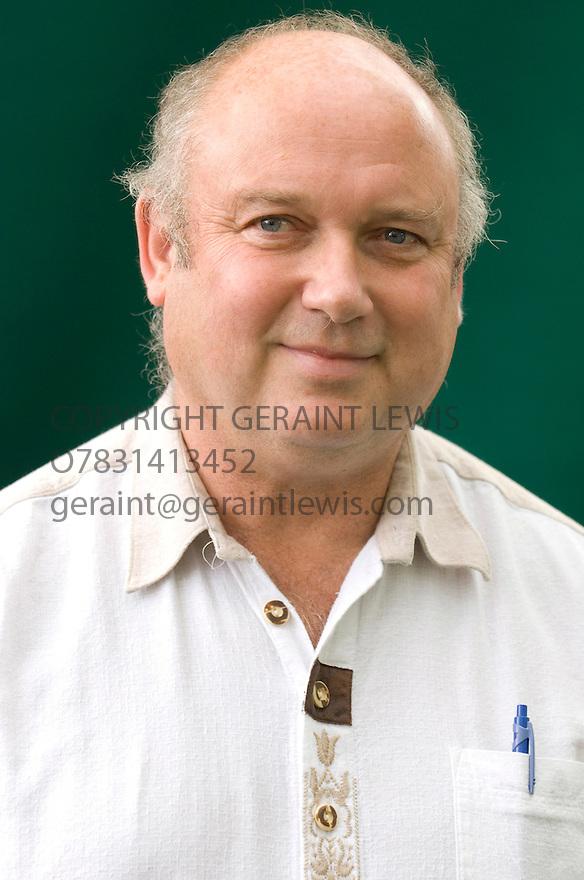 Louis De Bernieres, Author and Writer of Captain Coreli's Mandolin and A Partisan'sDaughter .CREDIT Geraint Lewis