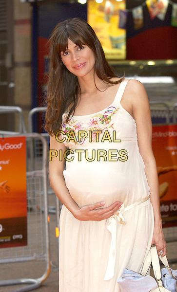 """LISA B.UK Premiere of """"It's All Gone Pete Tong"""",.Empire Leicester Square, London, May 26th 2005..half length cream flower dress bump tummy pregnant beaded.Ref: DH.www.capitalpictures.com.sales@capitalpictures.com.©David Hitchens/Capital Pictures."""