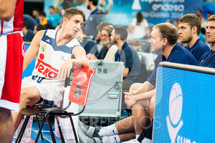 Real Madrid's player Jaycee Carroll talking with FC Barcelona Lassa Brad Oleson before the 3 shot contest of Supercopa of Liga Endesa Madrid. September 24, Spain. 2016. (ALTERPHOTOS/BorjaB.Hojas)