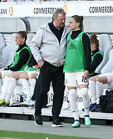 Trainer Horst Hrubesch , Melanie Leupolz   <br /> /   World Championships Qualifiers women women /  2017/2018 / 07.04.2018 / DFB National Team / GER Germany vs. Czech Republic CZE 180407017 / <br />  *** Local Caption *** © pixathlon<br /> Contact: +49-40-22 63 02 60 , info@pixathlon.de