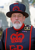 England, London: Yeoman Warder (Beefeater)   United Kingdom, London: Yeoman Warder (Beefeater)