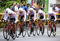 MEDELLIN - COLOMBIA, 12-02-2019: Equipo Coldeportes Zenu durante la etapa primera etapa, contrarreloj por equipos de 14 Km, como parte del Tour Colombia 2.1 2019 que se corrió por las calles de la ciudad de Medellín. / Equipo Coldeportes Zenu during the first stage,  time trial by teams of 14 km, as part of Tour Colombia 2.1 2019 that ran through the streets of Medellin.  Photo: VizzorImage / Anderson Bonilla / Cont