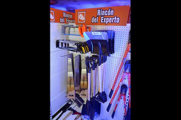 Lanzamiento de la nueva linea de artículos de ferreterias de Cemex Dominicana..Foto: Ariel Díaz-Alejo/acento.com.do.Fecha: 24/10/2012.