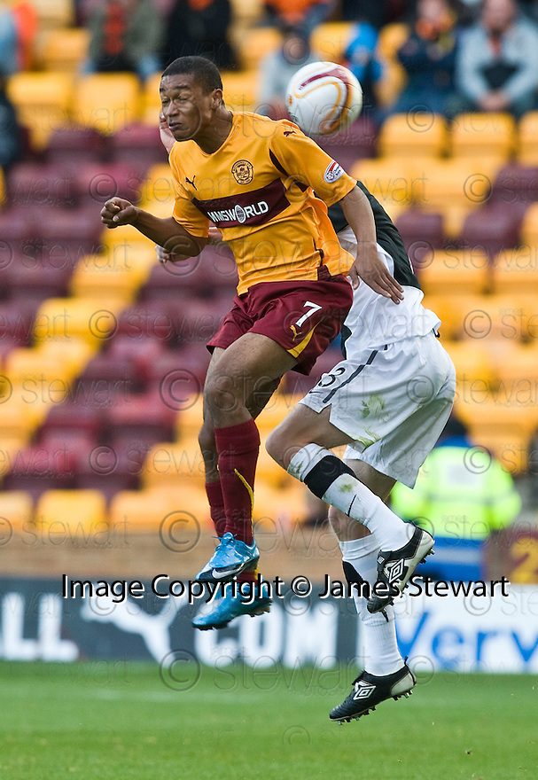 23/10/2010   Copyright  Pic : James Stewart.sct_jsp019_motherwell_v_dundee  .::  MOTHERWELL'S CHRIS HUMPHREY ::.James Stewart Photography 19 Carronlea Drive, Falkirk. FK2 8DN      Vat Reg No. 607 6932 25.Telephone      : +44 (0)1324 570291 .Mobile              : +44 (0)7721 416997.E-mail  :  jim@jspa.co.uk.If you require further information then contact Jim Stewart on any of the numbers above.........