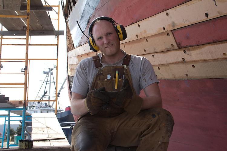 Port Townsend, Boat Haven, shipwright, Brad Seamans, Haven Boatworks, replanking MV Gyrfalcon, boatyards, Jefferson County, Olympic Peninsula, Puget Sound, Washington State, Pacific Northwest, USA,