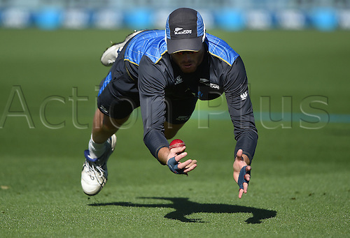 21.02.2016. Christchurch New Zealand.  Martin Guptill during warms up on Day 2 of the 2nd test match. New Zealand Black Caps versus Australia. Hagley Oval in Christchurch, New Zealand. Sunday 21 February 2016.