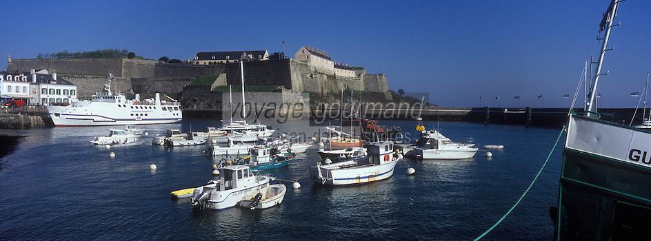 Europe/France/Bretagne/56/Morbihan/Belle-Ile/ Le Palais: Sur le bateau pour le continent vue sur la Citadelle Vauban