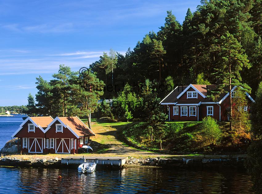 Norwegen, Vest Agder, Schaerengebiet zwischen Mandal und Kristiansand (Sonnenkueste)   Norway, Vest Agder, coastline between Mandal and Kristiansand (Sunhine Coast)
