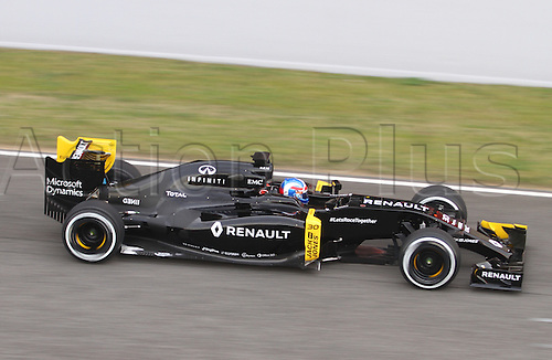 22.02.2016 Circuit Barcelona-Catalunya, Barcelona, Spain. Formula 1 test days.  Jolyon Palmer driving R.S.16 Renault during the launch of  new cars for the upcoming Formula One season.