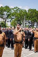 CURITIBA, PR, 19 DE NOVEMBRO DE 2013 - APRESENTAÇÃO DOS NOVOS POLICIAIS. Foi realizada na manha dessa terça-feira (19), às 11h30, no Palácio Iguaçu,sede do governo do Paraná, a solenidade de apresentação de 800 novos Policiais Militares e 113 bombeiros que irão atuar em todo o Paraná. Os novos policiais fazem parte do maior concurso da PM já realizado no Estado, que prevê a contratação de 5.264 novos profissionais. FOTO: PAULO LISBOA / BRAZIL PHOTO PRESS.