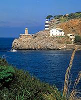 Spanien, Balearen, Mallorca,  Port de Soller: Hafeneinfahrt | Spain, Balearic Islands, Mallorca, Port de Soller: harbour entrance