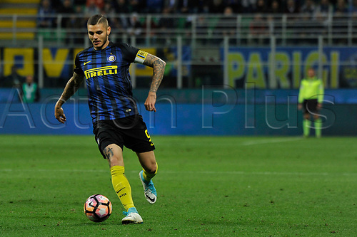 April 30th 2017, San Siro Stadium, Milan, Italy; Mauro Icardi of Inter  in action during the Serie A football match, Inter Milan versus Napoli;  Napoli won the game by a score of 0-1