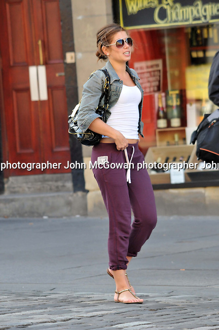 exclusive pics of actress nikki sanderson in edinburgh | JOHN