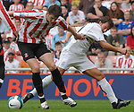 Sunderland's Greg Halford fends off Juventus' Alessandro Del Piero..Pre-Season Friendly..Sunderland v Juventus..4th August, 2007..--------------------..Sportimage +44 7980659747..admin@sportimage.co.uk..http://www.sportimage.co.uk/