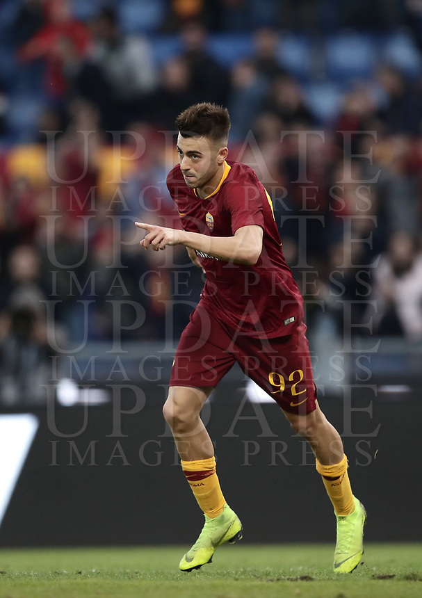 Football, Serie A: AS Roma - Sampdoria, Olympic stadium, Rome, November 11, 2018. <br /> Roma's Stephan El Shaarawy celebrates after scoring his second goal of the match during the Italian Serie A football match between Roma and Sampdoria at Rome's Olympic stadium, on November 11, 2018.<br /> UPDATE IMAGES PRESS/Isabella Bonotto