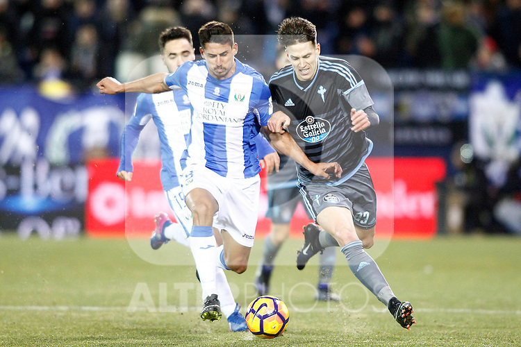 CD Leganes' Gabriel Pires (l) and Celta de Vigo's Josep Sene during La Liga match. January 28,2017. (ALTERPHOTOS/Acero)
