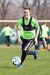 10.04.2018, Trainingsgelaende, Bremen, GER, 1.FBL, Training SV Werder Bremen<br /> <br /> im Bild<br /> Niklas Moisander (Werder Bremen #18), <br /> <br /> Foto &copy; nordphoto / Ewert