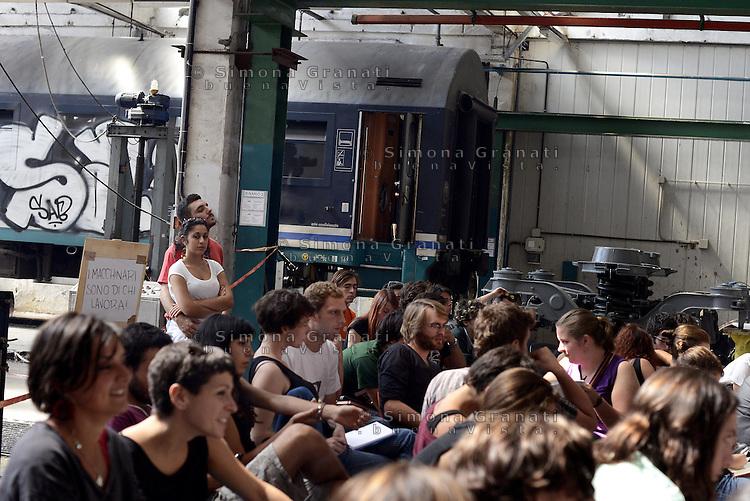 Roma, 13 Settembre 2014<br /> OZ, Officine Zero, fabbrica recuperata.<br /> EX Officine RSI (Rail Service Italy).<br /> Secondo incontro della tre giorni del meeting per l'organizzazione di uno sciopero sociale in tutta Europa.<br /> Contro le politiche di austerità, contro la precarietà e la disoccupazione di massa, per il welfare, per il diritto alla città e per i beni comuni.<br /> Rome, 13 September 2014.<br /> OZ, Officine Zero recuperated factory. <br /> EX Officine RSI (Rail Service Italy).<br />  <br /> Second meeting of the three-day meeting for the organization of a social strike across Europe. <br /> Against the policies of austerity, against insecurity and mass unemployment, for welfare, the right to the city and for the common good.