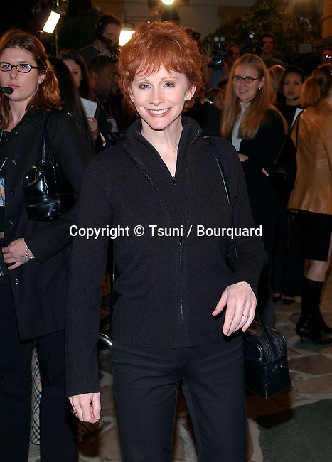 Reba McEntire arriving at the premiere of Shallow Hal at the Westwood Village Theatre in Los Angeles. November 1st, 2001.           -            McEntireReba07.jpg