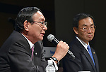 June 17, 2015, Tokyo, Japan - Presidents Kazuhiro Tsuga, right, of Panasonic and Hiroo Unoura of NTT announce buisiness tie-up during a news conference in Tokyo on Wednesday, June 17, 2015. The two Japanese companies will join to develop next-generation information systems ahead of the 2020 Tokyo Olympics, including 3-D video distribution systems for broadcasting sports events. Panasonic's technologies for shooting and processing 3-D video will be combined with NTT's high-speed communications technologies. (Photo by Natsuki Sakai/AFLO) AYF -mis-