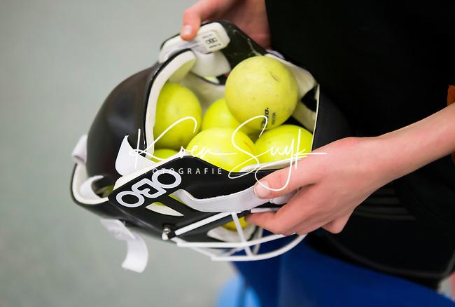 VALKENBURG - Martijn Drijver Goalie Academy in Hangaar 1 op vliegveld Valkenburg.  FOTO KOEN SUYK