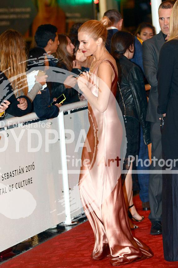 Sienna Miller bei der Premiere von 'High-Rise' auf dem 63. Internationalen Filmfestival San Sebastian / Festival Internacional de Cine de Donostia-San Sebastián, 22.09.2015