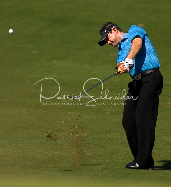 PGA golfer Rory Sabbatini hits a chip shot during the 2007 Wachovia Championships at Quail Hollow Country Club in Charlotte, NC.