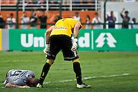 ATENÇÃO EDITOR: FOTO EMBARGADA PARA VEÍCULOS INTERNACIONAIS SÃO PAULO,SP,27 OUTUBRO 2012 - CAMPEONATO BRASILEIRO - CORINTHIANS x VASCO - Guerrero jogador do Corinthians durante partida Corinthians x Vasco válido pela 33º rodada do Campeonato Brasileiro no Estádio Paulo Machado de Carvalho (Pacaembu), na região oeste da capital paulista na tarde deste sabado (27).(FOTO: ALE VIANNA -BRAZIL PHOTO PRESS).