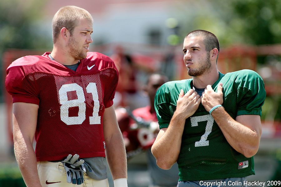 TALLAHASSEE, FL. 8/19/09-FSU-PIUROWSKI 0819 CH01-Florida State's Caz Piurowski, left, and Christian Ponder talk prior to practice Wednesday in Tallahassee...COLIN HACKLEY PHOTO