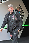 04.11.2018, Borussia Park , Moenchengladbach, GER, 1. FBL,  Borussia Moenchengladbach vs. Fortuna Duesseldorf,<br />  <br /> DFL regulations prohibit any use of photographs as image sequences and/or quasi-video<br /> <br /> im Bild / picture shows: <br /> Friedhelm Funkel Trainer / Headcoach (Fortuna Duesseldorf), <br /> <br /> Foto &copy; nordphoto / Meuter
