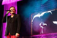 RIO DE JANEIRO; RJ; 25.10.2013 - SHOW FABIO JR - O cantor e compositor Fabio Jr. durante apresentação no Citibank Hall no Rio de Janeiro, na noite desta sexta-feira, 25 (Foto: Néstor J. Beremblum / Brazil Photo Press).
