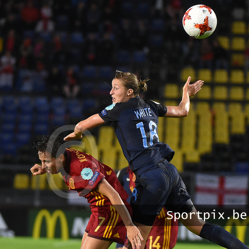 20170723 - BREDA , NETHERLANDS : English Ellen White (R) and Spanish Marta Corredera (L) pictured during the female soccer game between England and Spain  , the second game in group D at the Women's Euro 2017 , European Championship in The Netherlands 2017 , Sunday 23 th June 2017 at Stadion Rat Verlegh in Breda , The Netherlands PHOTO SPORTPIX.BE | DIRK VUYLSTEKE