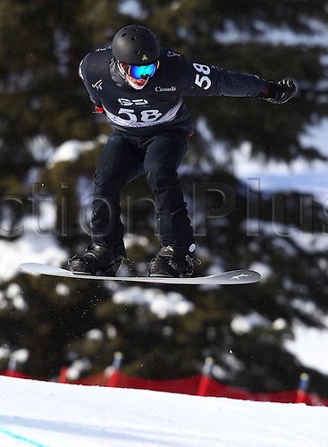 24.01.2013. Snowboarding FIS World Cup  SBX qualification day Stoneham,  Canada Snowboard Cross Qualification for men. Picture shows Jonathan Cheever USA