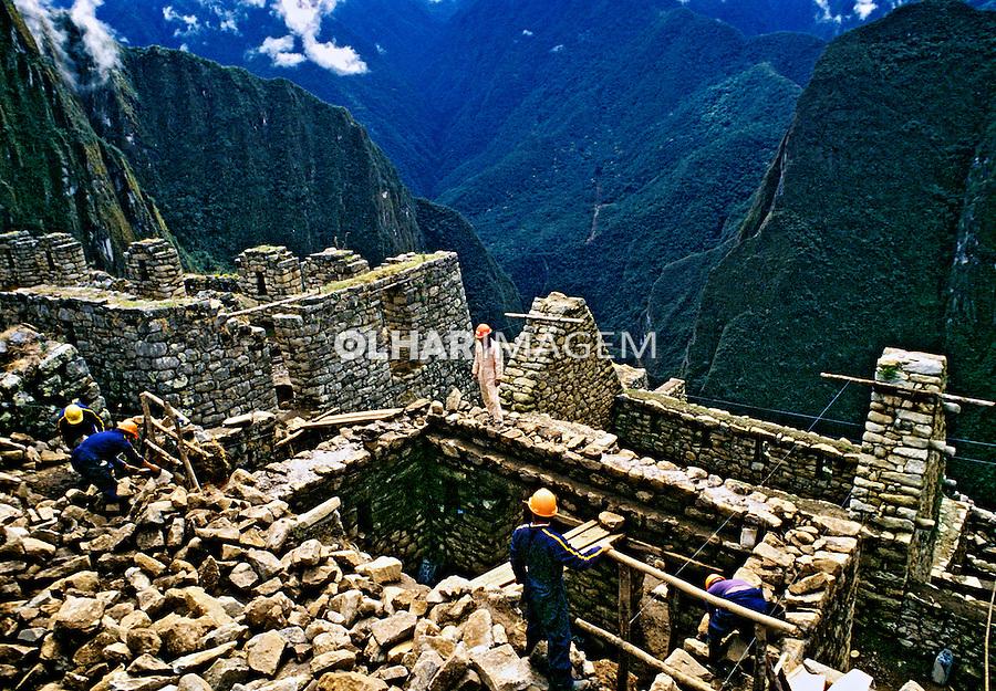 Ruínas da cidade Inca de Machu Pichu. Perú. 1994. Foto de Juca Martins.
