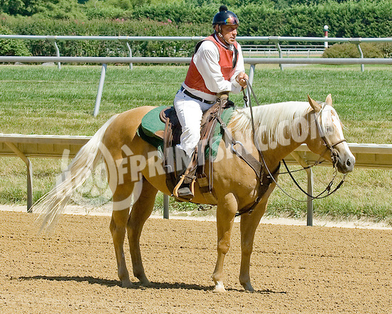 Dumont at Delaware Park on 7/25/12