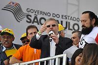 SAO PAULO, SP, 01 DE MAIO  DE 2012 -  1º DE MAIO UNIFICADO - O presidente da Camada dos Deputados Marcos Maia  esteve presente no dia do trabalhador unificado que foi comemorado com ato organizado pela Força Sindical e diversos outros sindicatos na praça Campos de Bagatelle, zona norte da cidade. FOTO: LEVI BIANCO - BRAZIL PHOTO PRESS
