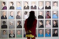 Berlin, Ein Besucher schaut sich am Freitag (17.05.13) im Schwulen Museum in Berlin Bilder von Benten Clay, Circle (Inkjetprints, 2013) an. Foto: Maja Hitij/CommonLens