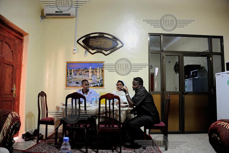 Mogadishu/Somalia 2012 - The Mayor of Mogadishu´s  family having lunch in his private house.