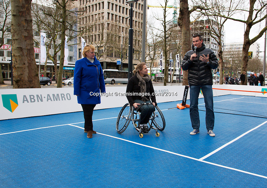 08-02-14, Netherlands,RotterdamAhoy, ABNAMROWTT,, Streettennis in wheelchairs in the center of Rotterdam with Richard Krajicek and Esther Vergeer9NED) (M)<br /> Photo:Tennisimages/Henk Koster
