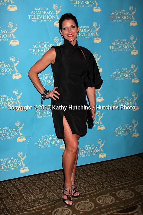 LOS ANGELES - JUN 25:  Lesli Kay arrive(s) at the 2010 Creative Daytime Emmys  Bonaventure Hotel in.Los Angeles, CA on June 25, 2010...