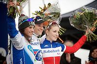 1/ Marianne Vos (NLD/Rabo-Liv)<br /> 2/ Katerina Nash (CZE/Luna)<br /> 3/ Pauline Ferrand-Prevot (FRA/Rabobank-Liv)<br /> <br /> Zolder CX UCI World Cup 2014