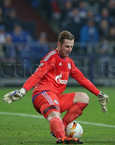 22.10.2015. Gelsenkirchen, Germany. UEFA Europa League football. FC Schalke versus Sparta Prague. Goalkeeper Ralf Fahrmann (Schalke)