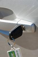 ESP, Spanien, Mietwagen, Schluessel stecken lassen | ESP, Spain, rented car, car key, lock