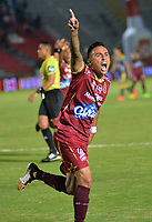 IBAGUE -COLOMBIA, 7-10-2017.Santiago Montoya jugador del Deportes Tolima celebra su gol contra el Independiente Medellín   durante encuentro  por la fecha 14 de la Aguila II 2017 disputado en el estadio Manuel  Murillo Toro./ Santiago Montoya player of Deportes Tolima  celebrates his goal agaisnt  of Independiente Medellin   during match for the dat 14 of the Aguila League II 2017 played at Manuel Murillo Toro stadium. Photo:VizzorImage / Juan Carlos Escobar  / Contribuidor