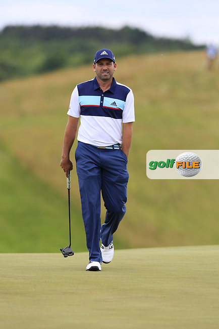 Sergio Garcia (ESP) on the 8th green during Saturday's Round 3 of the 117th U.S. Open Championship 2017 held at Erin Hills, Erin, Wisconsin, USA. 17th June 2017.<br /> Picture: Eoin Clarke | Golffile<br /> <br /> <br /> All photos usage must carry mandatory copyright credit (&copy; Golffile | Eoin Clarke)