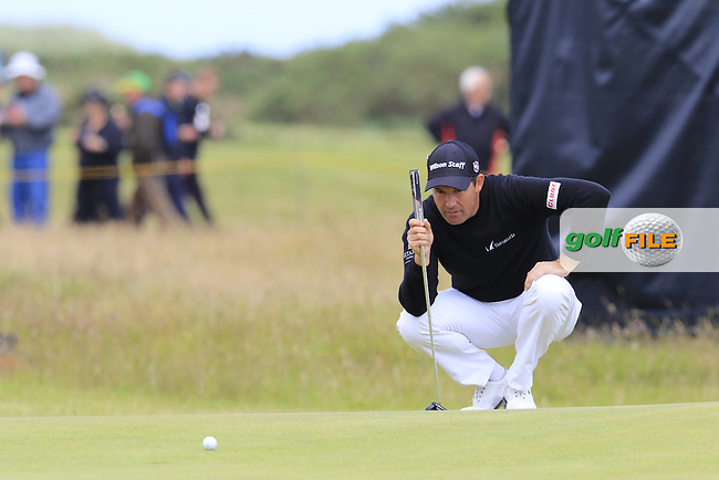 Padraig HARRINGTON (IRL) lines up his putt during Sunday's Round 3 of the 144th Open Championship, St Andrews Old Course, St Andrews, Fife, Scotland. 19/07/2015.<br /> Picture Eoin Clarke, www.golffile.ie